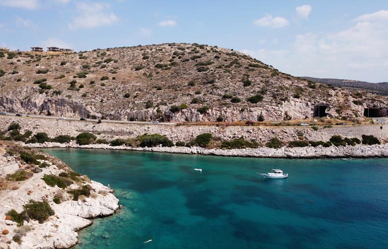 Το «τούνελ του Καραμανλή» και η διάσημη ιστορία του
