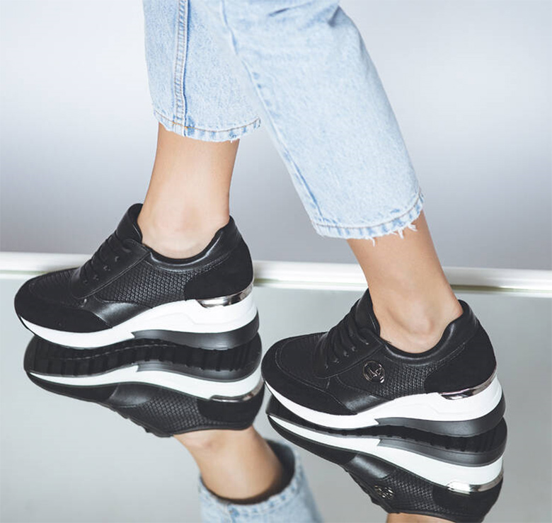 DaniIllustration: Loafers γυναικεια μυτερα