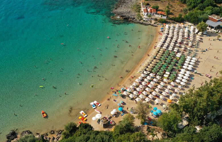 Τέσσερις μαγικές παραλίες που πρέπει να επισκεφθείς – News.gr