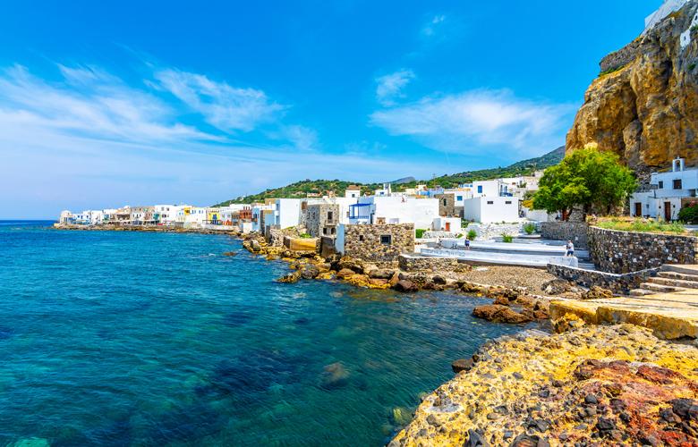 Χαλάρωμα και διακοπές στο ελληνικό νησί-ηφαίστειο – Δεν είναι η Σαντορίνη – News.gr