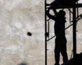 Ακαριαίος θάνατος εργάτη από μεταλλική δοκό που του έπεσε στο κεφάλι