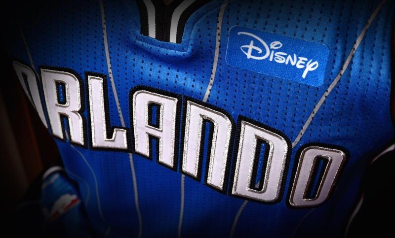 Ποιες ομάδες του NBA βάζουν για πρώτη φορά διαφημίσεις στις φανέλες ... 7eaff93c5af