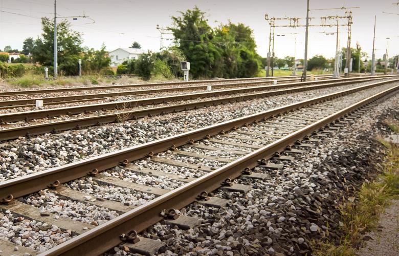24ωρη απεργία για τρένα και προαστιακό