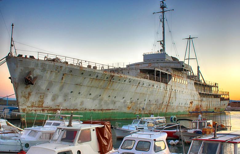 Μουσείο η θαλαμηγός του Τίτο! Η θαλαμηγός των μεγάλων διαπραγματεύσεων και των μεγάλων σταρ!