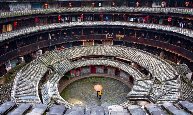 Τulou: Τα ιστορικά σπίτια – φρούρια που βρίσκονται στη Κίνα
